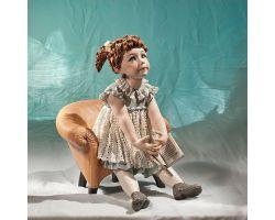 Emily su poltrona Sibania Manifattura Porcellana Vicentina