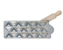 RAVIOLATORE triangolo 24 pz in alluminio con mattarellino 115166