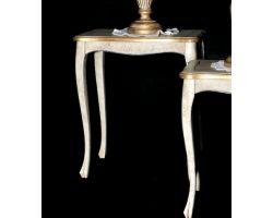 Tavolo in legno decapato con dettagli oro Grande 0068C